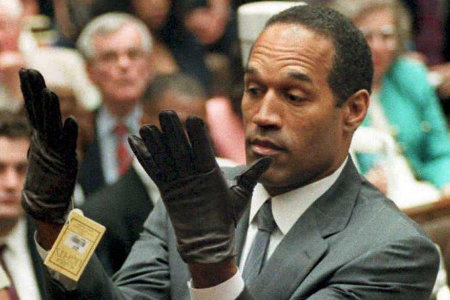 O.J. Simpson lors de son procès pour double... (Photo Vince Bucci, archives AFP)