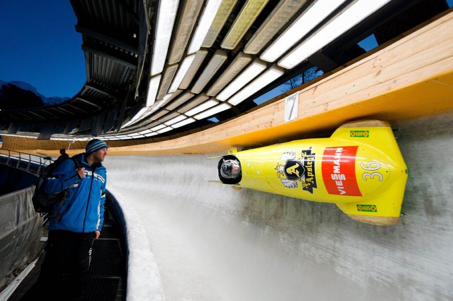 L'équipe australienne de Bobsleigh s'entraîne à Sotchi en Russie, ville où se dérouleront les Jeux olympiques d'hiveren 2014. | 15 février 2013