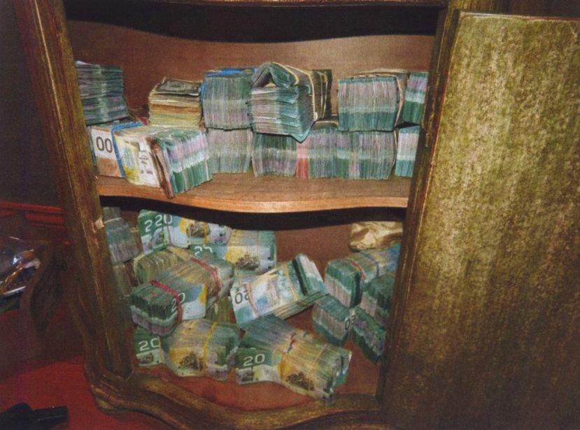 Les policiers ont trouvé beaucoup d'argent chez Serge Pollard. | 15 février 2013