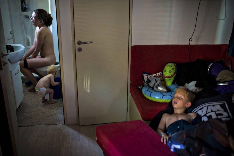 Le deuxième prix dans la catégorie «scènes de vie quotidienne» revient au Danois Soren Bidstrup pour cette photo d'une famille se réveillant dans sa roulotte, lors de vacances passées dans un camping. | 15 février 2013