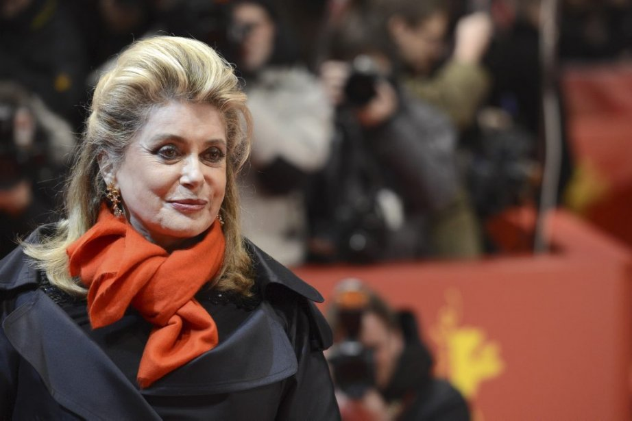 Catherine Deneuve sur le tapis rouge lors de la projection... | 2013-02-15 00:00:00.000