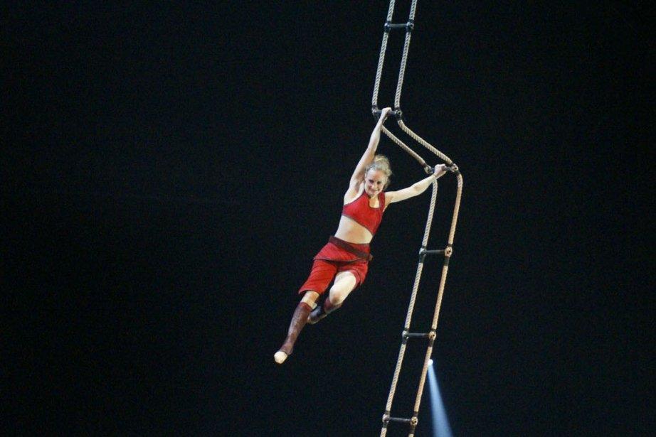 La trapéziste allemande Lisa Rinne présente un numéro... (Photo fournie par le festival mondial du cirque de demain)