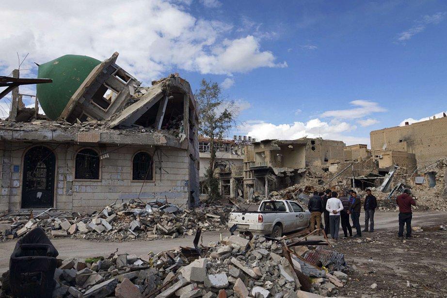 Une mosquée de la ville Deir al-Zor a... (Photo: AFP)