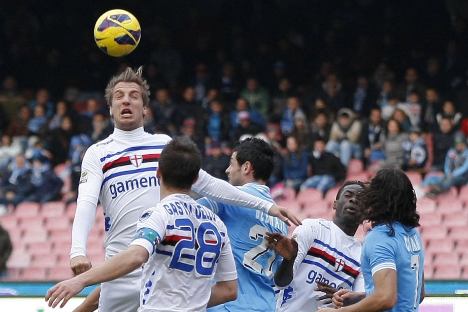 Les Napolitains n'ont pas su profiter du faux... (Photo : Carlo Hermann, AFP)