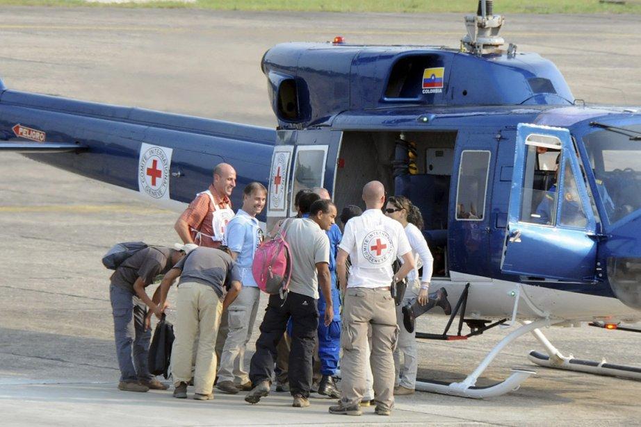 Trois Colombiens et deux Péruviens ont été relâchés... (Photo: Reuters)