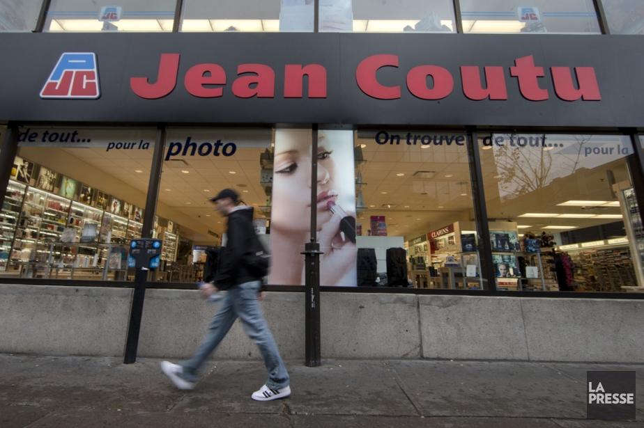 Le Groupe Jean Coutu exploite plus de 400établissements... (PHOTO ROBERT SKINNER, ARCHIVES LA PRESSE)