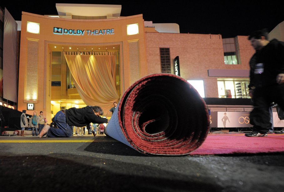 On déroule le tapis rouge en prévision de la 85e soirée des Oscars, qui aura lieu dimanche au Dolby Theatre, à Hollywood. | 21 février 2013