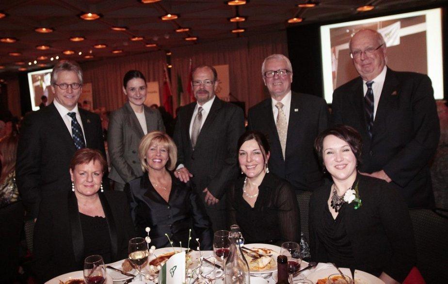 Les représentants de la Fondation de l'Hôpital Montfort. | 21 février 2013
