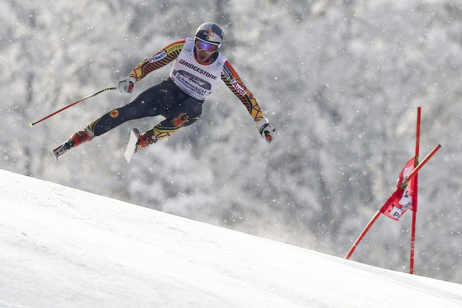 Erik Guay a réussi un chrono de 1... (Photo : Dominic Ebenbichler, Reuters)