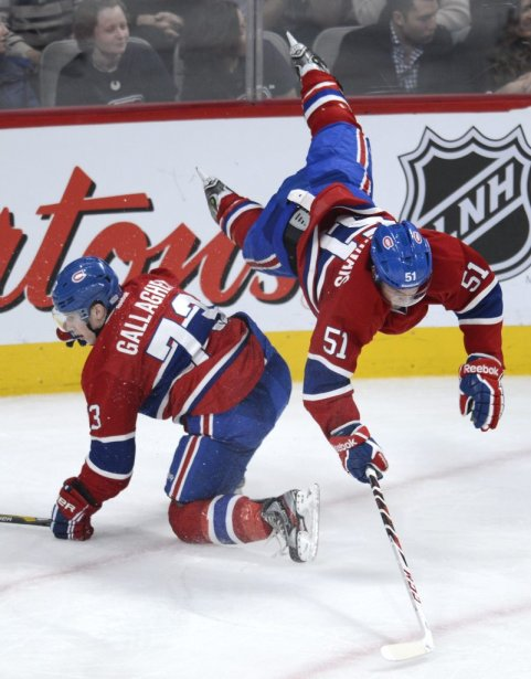 Brendan Gallagher (73) et David Desharnais (51) entrent en collision. (PHOTO BERNARD BRAULT, LA PRESSE)