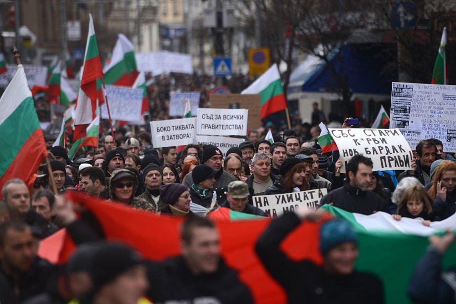 Un peu plus de 10 000 personnes sont... (Photo: AFP)