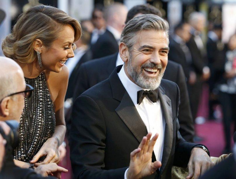 George Clooney et sa compagne Stacy Keibler | 24 février 2013