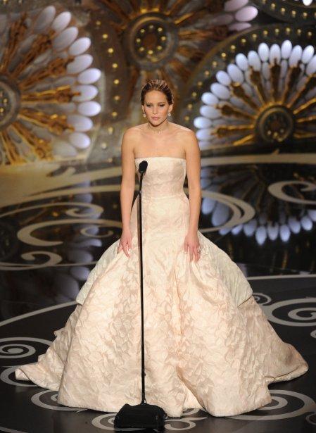 Jennifer Lawrence remporte l'Oscar de la meilleure actrice pour son rôle dans «Silver Linings Playbook» | 24 février 2013