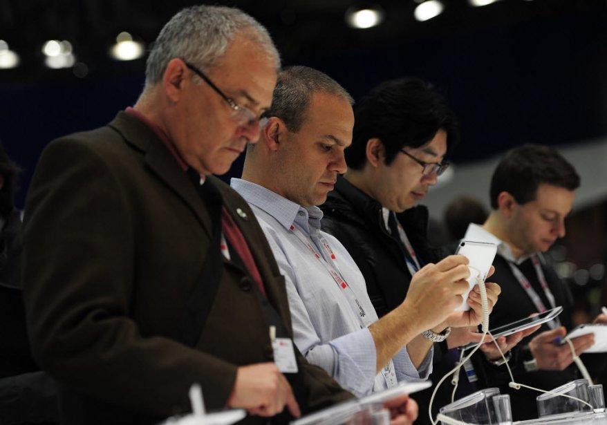 Plusieurs compagnies lancent désormais des appareils pour retraités, une...