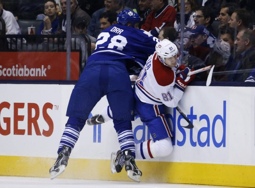 Colton Orr plaque Lars Eller. (Reuters)