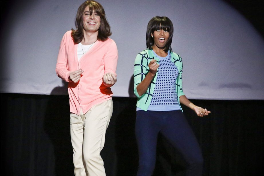 L'animateur de NBC Jimmy Fallon déguisé en femme... (PHOTO LLOYD BISHOP, AP)
