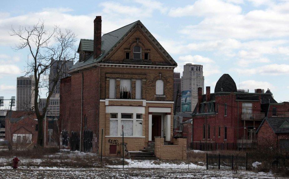 Une maison abandonnée dans le voisinage de Brush Park à Détroit. Rick Snyder, le gouverneur du Michigan, a déclaré un état d'urgence financière à Détroit. | 4 mars 2013