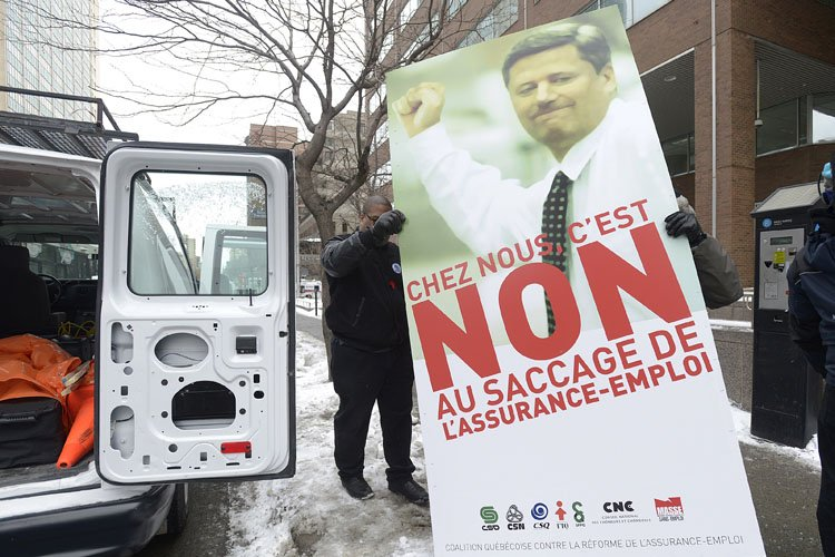 La Coalition québécoise contre la réforme de l'assurance-emploi,... (Photo: PC)