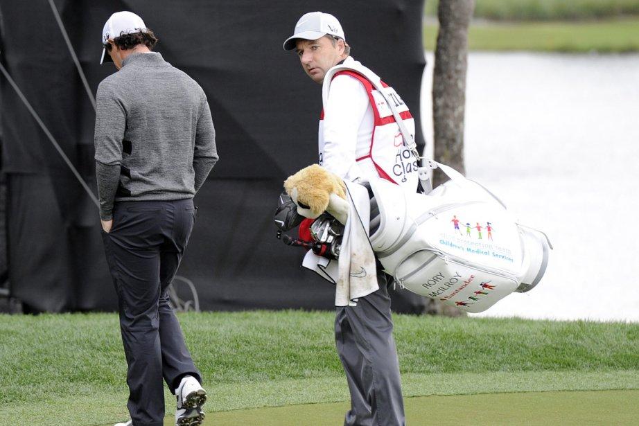 Rory McIlroy (à gauche) a abruptement quitté le... (Photo Doug Murray, Reuters)