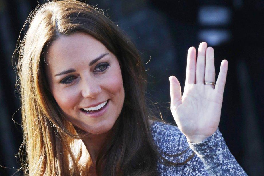 La duchesse de Cambridge, qui est enceinte de... (PHOTO LUKE MACGREGOR, ARCHIVES REUTERS)