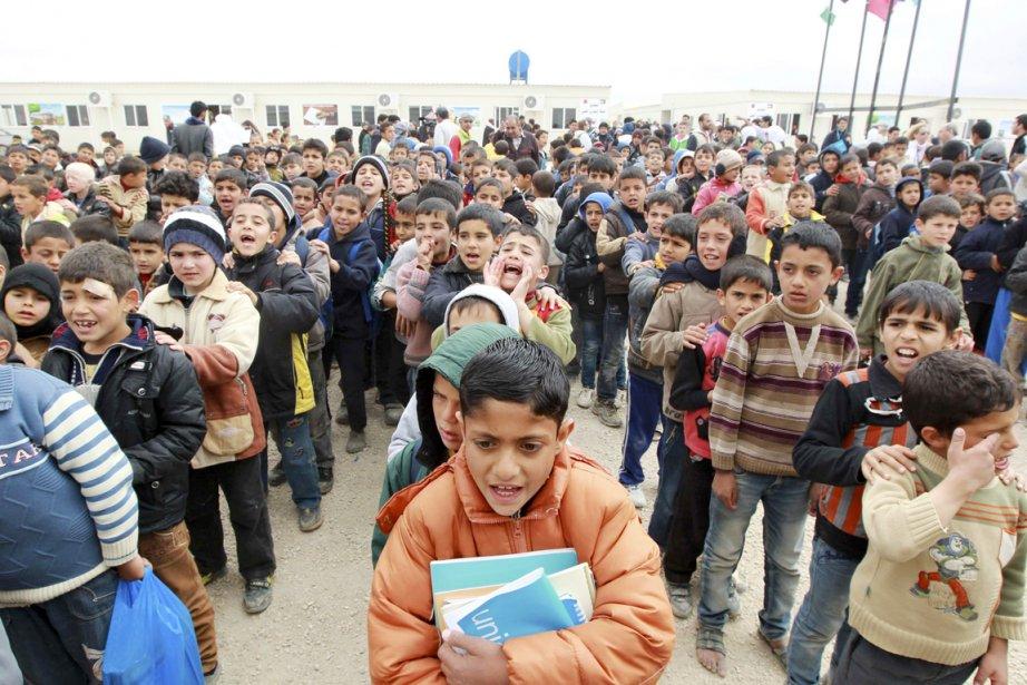 Sur le million de Syriens ayant fui leur... (PHOTO MUHAMMAD HAMED, REUTERS)