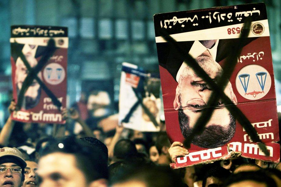 Pour le président Mohamed Morsi, ces élections devaient... (PHOTO FREDRIK PERSSON, ARCHIVES AP)