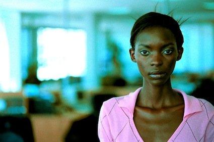 Les jeunes femmes professionnelles subissent un véritable apartheid... (Photothèque La Presse)
