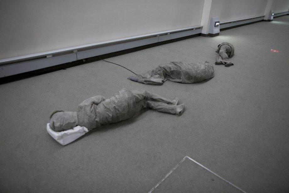 Les dormeurs de Sergio Clavijo (Photo: Andre Pichette, La Presse)