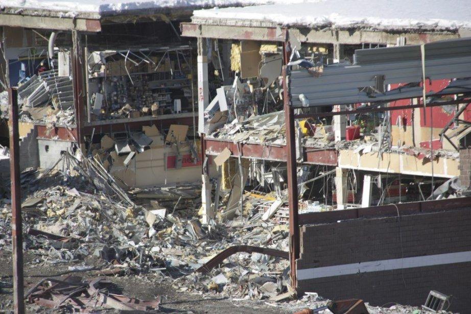 Les restes du centre commercial Algo.... (Photo Colin Perkel, La Presse Canadienne)