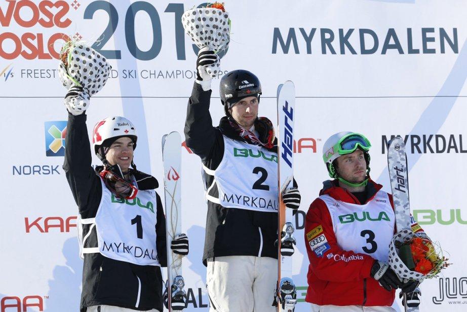 Alexandre Bilodeau (au centre) a défait de justesse... (Photo Hakon Mosvold Larsen, Reuters)