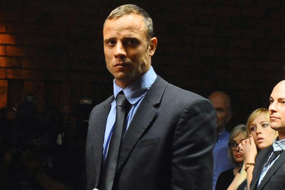 Oscar Pistorius a été libéré sous caution le... (Photo Masi Losi, AP)