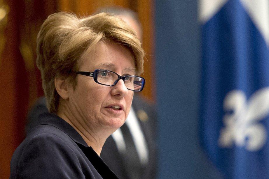 Agnès Maltais estministre de la Condition féminine.... (PHOTO JACQUES BOISSINOT, LA PRESSE CANADIENNE)
