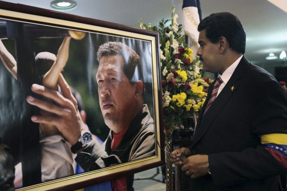 Ses détracteurs le surnomment le « chauffeur d'autobus... (PHOTO AFP)