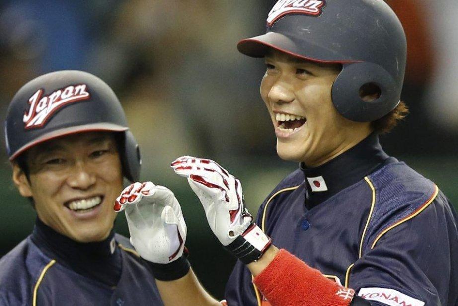 Atsunori Inaba et Hayato Sakamoto, du Japon.... (Photo Koji Sasahara, Associated Press)