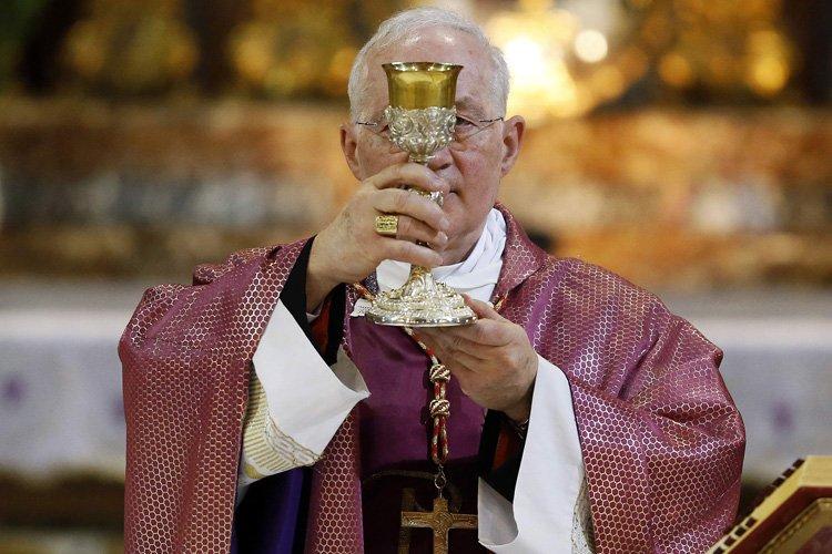 Marc Ouellet a célébré la messe à l'église... (Photo: Reuters)