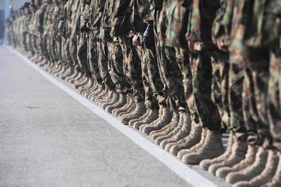 Plusieurs militaires de la coalition de l'Alliance atlantique... (PHOTO SHAH MARAI, ARCHIVES AFP)