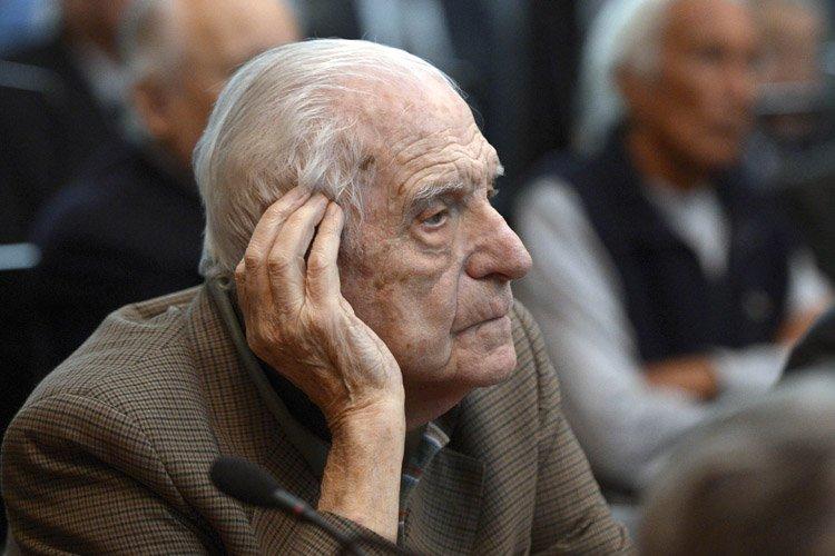 Reynaldo Bignone... (Photo: AFP)