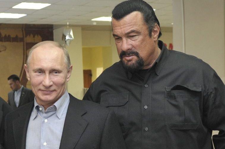 Vladimir Poutine a accueilli mercredi l'acteur  américain... (Photo: AFP)