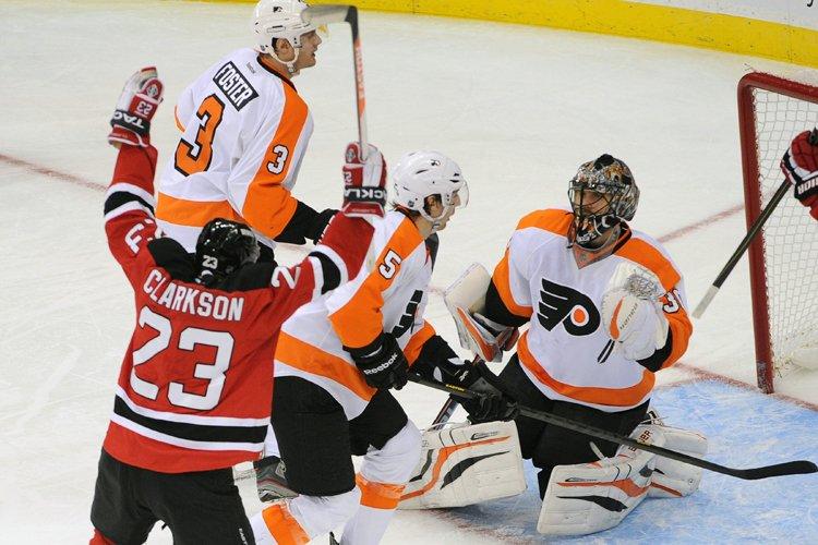 Ilya Kovalchuk a couronné la poussée de trois buts des Devils du... (Photo: AP)
