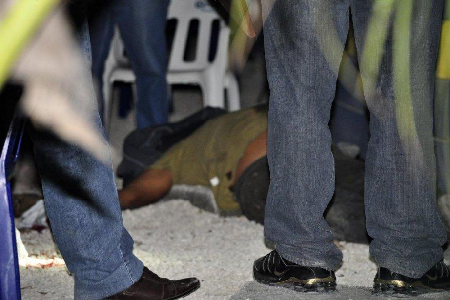 Un policier a indiqué que la majorité des... (Photo Reuters)