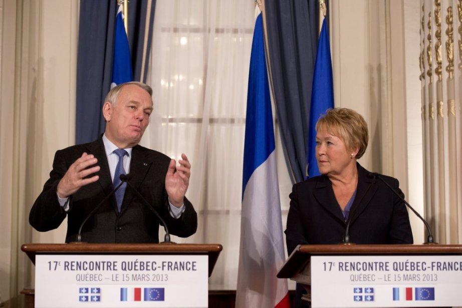 Jean-March Ayrault et Pauline Marois.... (Photo Jacques Boissinot, PC)