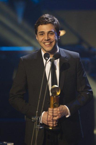 Xavier Dolan a accepté le prix de la meilleure direction artistique pour le film Laurence Anyways au nom d'Anne Pritchard. | 17 mars 2013
