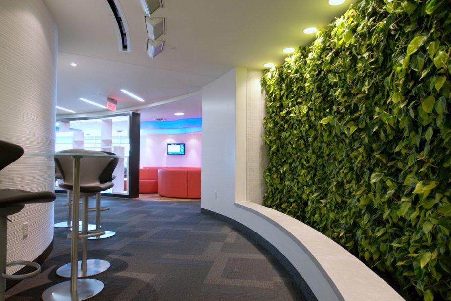 Le réaménagement de deux étages du siège social... (PHOTO FOURNIE PAR JBC ARCHITECTES ET VAD ASSOCIÉES DESIGNERS INC)