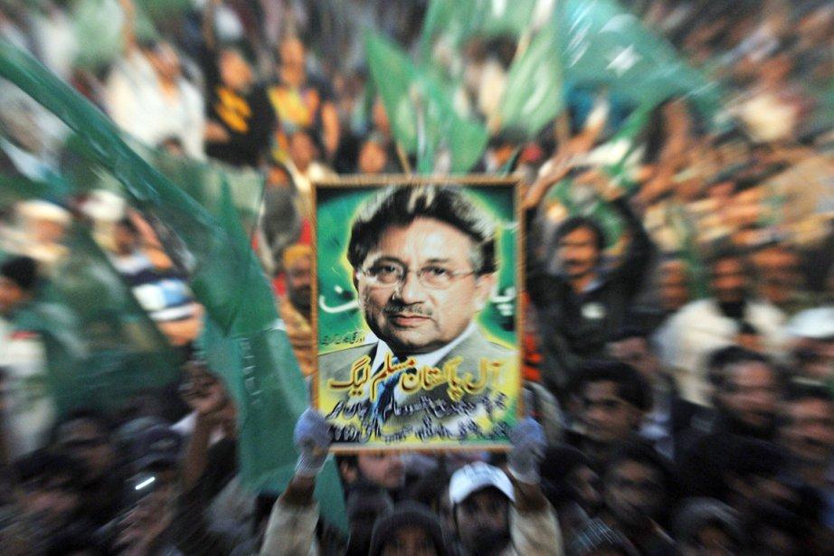 PervezMusharraf est notamment visé par des mandats d'arrêt... (PHOTO RIZWAN TABASSUM, AFP)