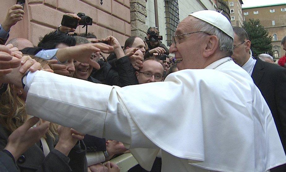 Le pape François serait près des pauvres pour... (Reuters)