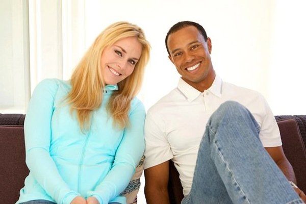 Lindsey Vonn et Tiger Woods... (Photo tirée de Facebook)