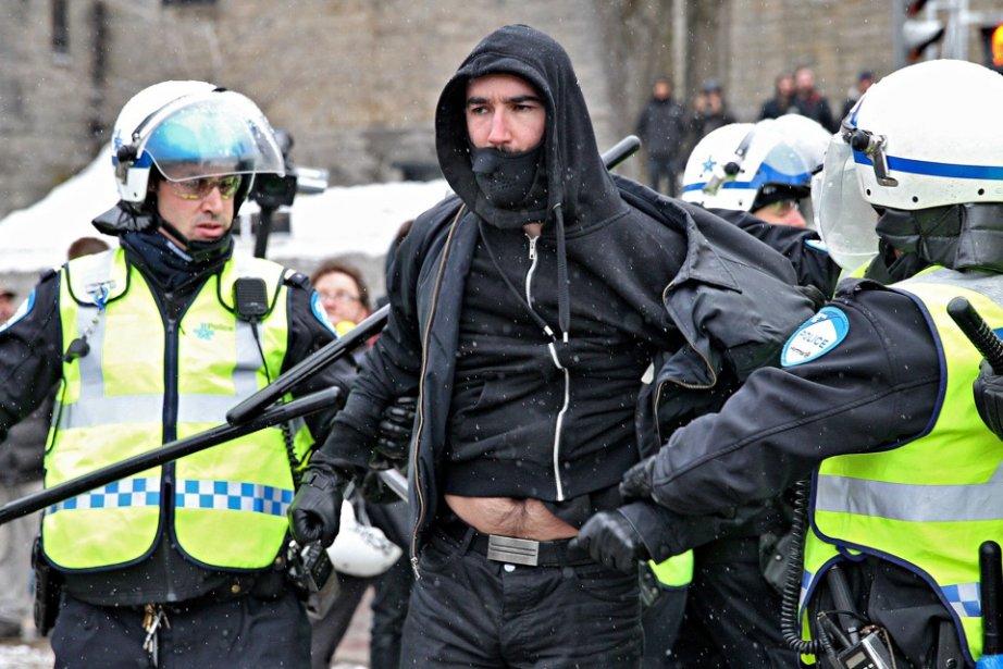 La manifestation du 15 mars contre la brutalité... (Photo David Boily, La Presse)