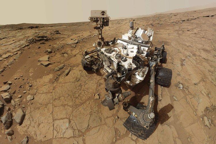 Le robot martien américain Curiosity, en veilleuse depuis... (Photo: Reuters)