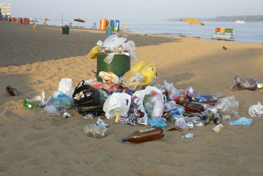 De nombreuses opérations de nettoyage des plages, lacs, rivières... (Photo Kuzma)