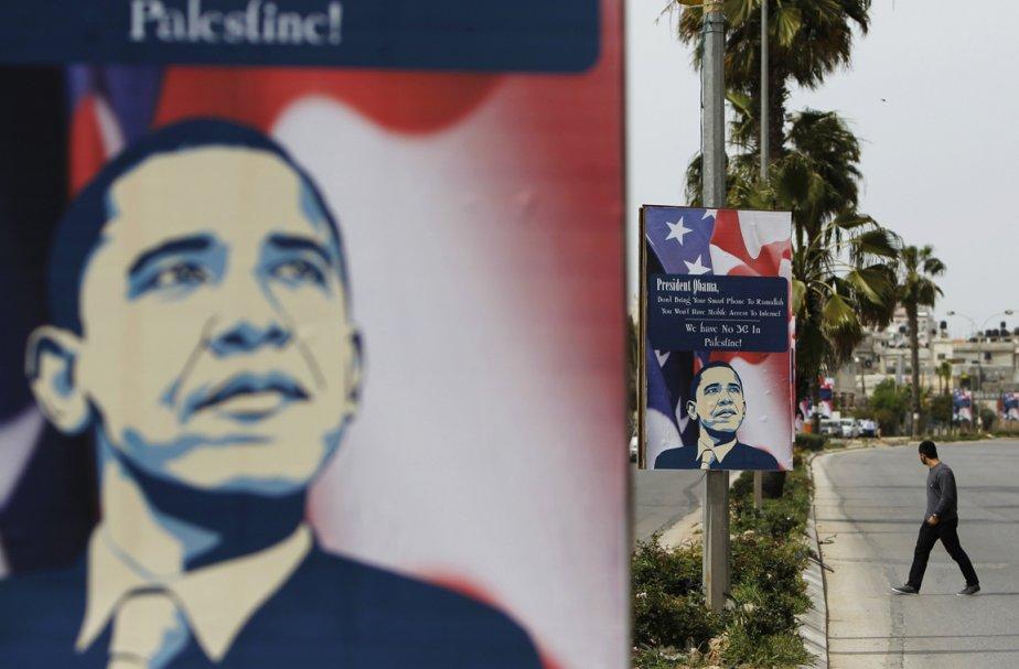 Des affiches dénonçant le président Obama à Ramallah. | 20 mars 2013